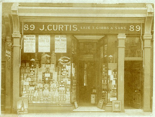 Photo:J Curtis, 89 Marylebone High Street c1910
